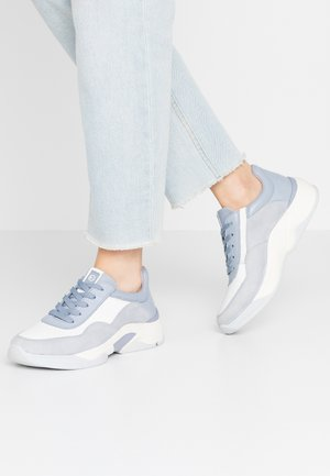 LACE-UP - Trainers - sky