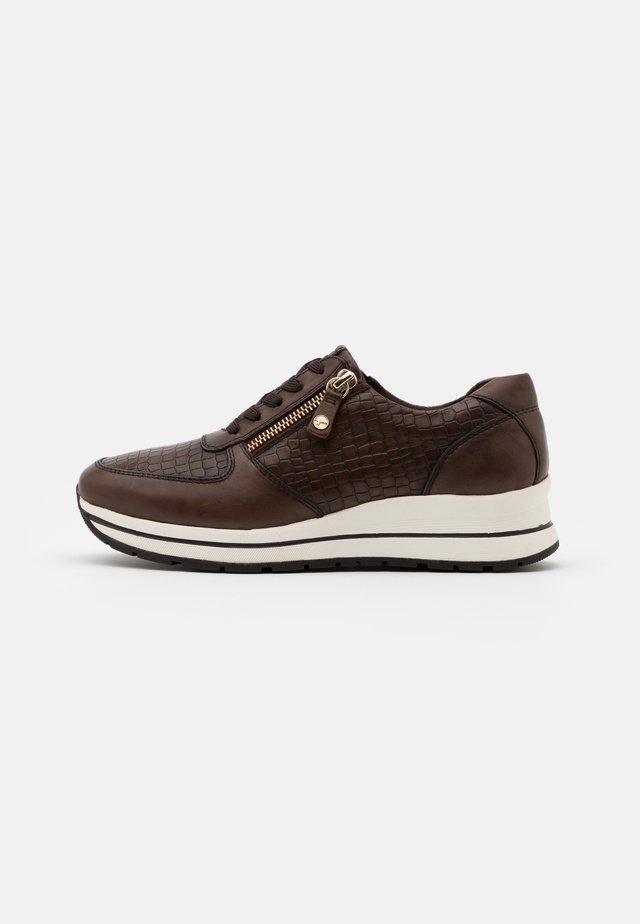 LACE UP - Sneakers basse - cafe/croco
