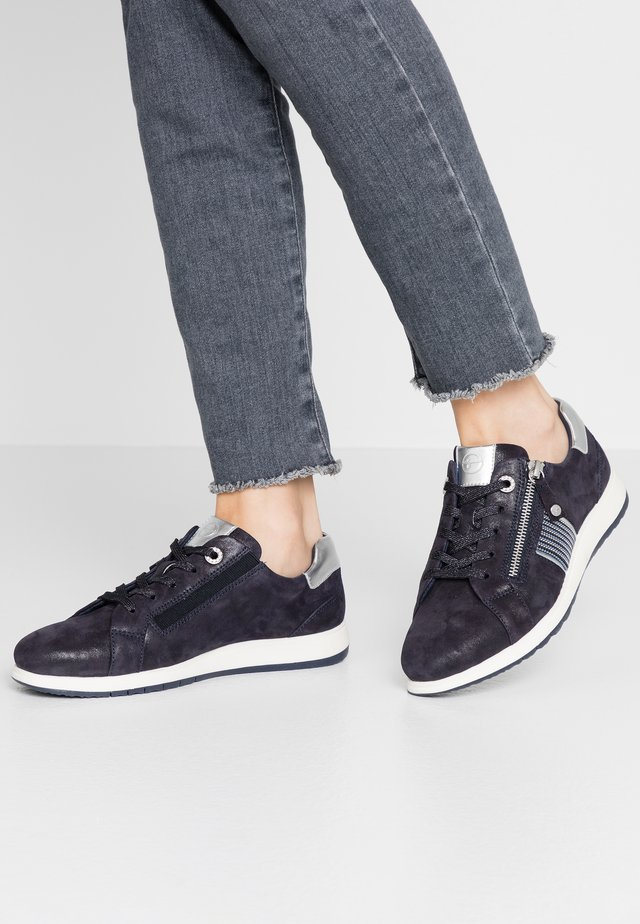 LACE-UP - Sneaker low - navy