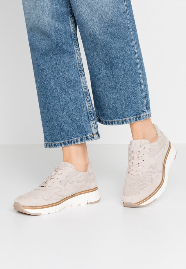 LACE-UP - Sneakers - beige