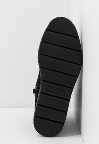 Tamaris Pure Relax - Platform ankle boots - black - 6