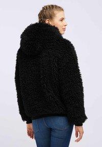 taddy - Winter jacket - black - 2