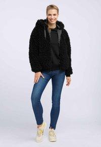 taddy - Winter jacket - black - 1