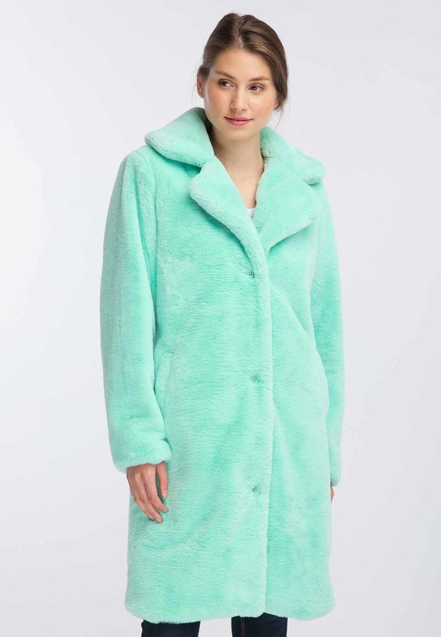 Płaszcz zimowy - m