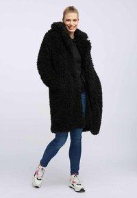 taddy - Winter coat - black - 1