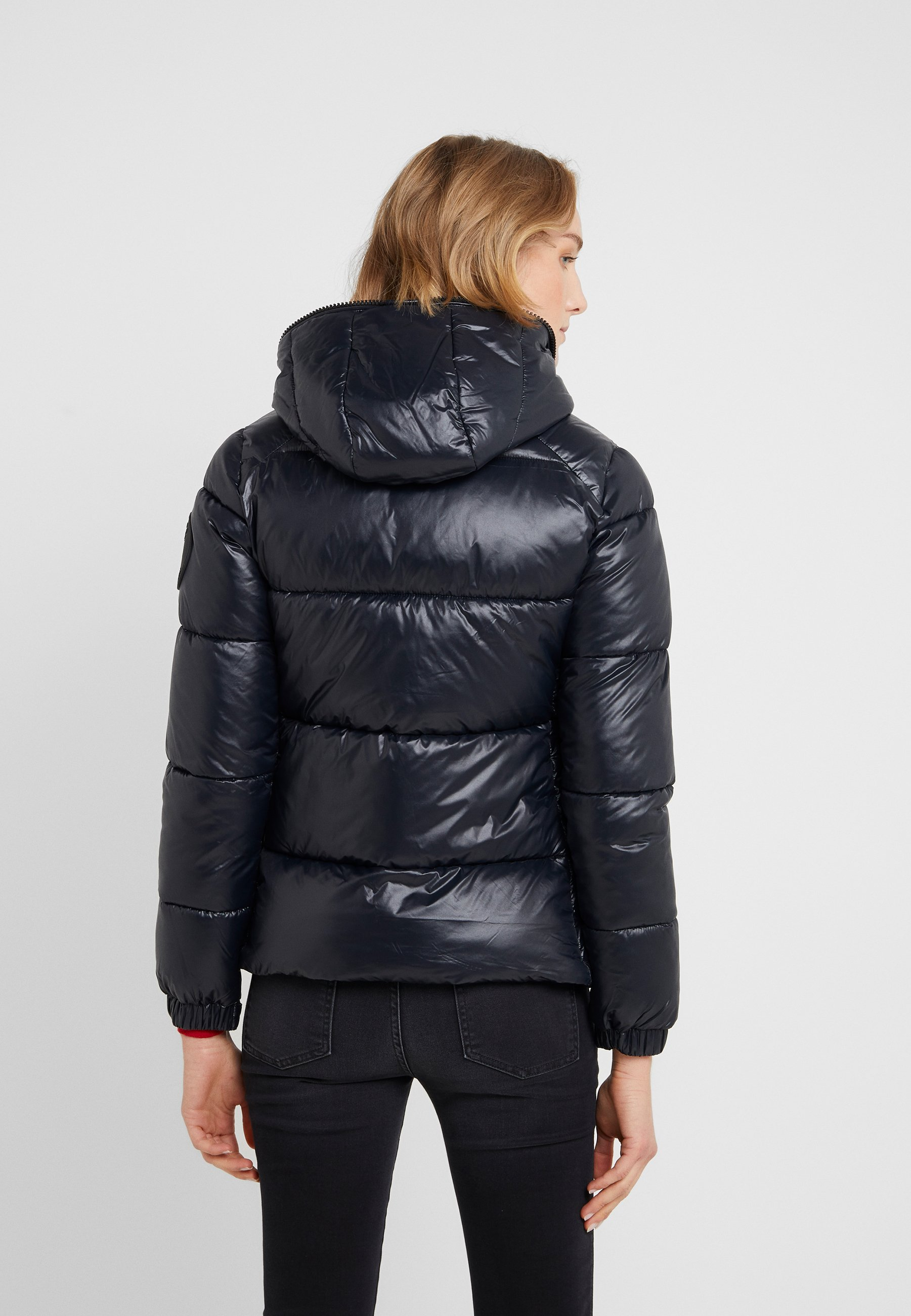 LUCK Winterjacke black