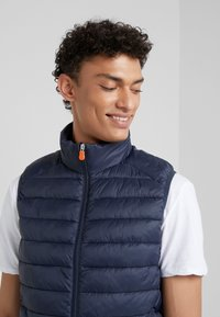 Save the duck - GIGA - Waistcoat - blue black - 4