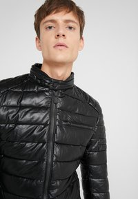 Save the duck - SKIN - Faux leather jacket - black - 4