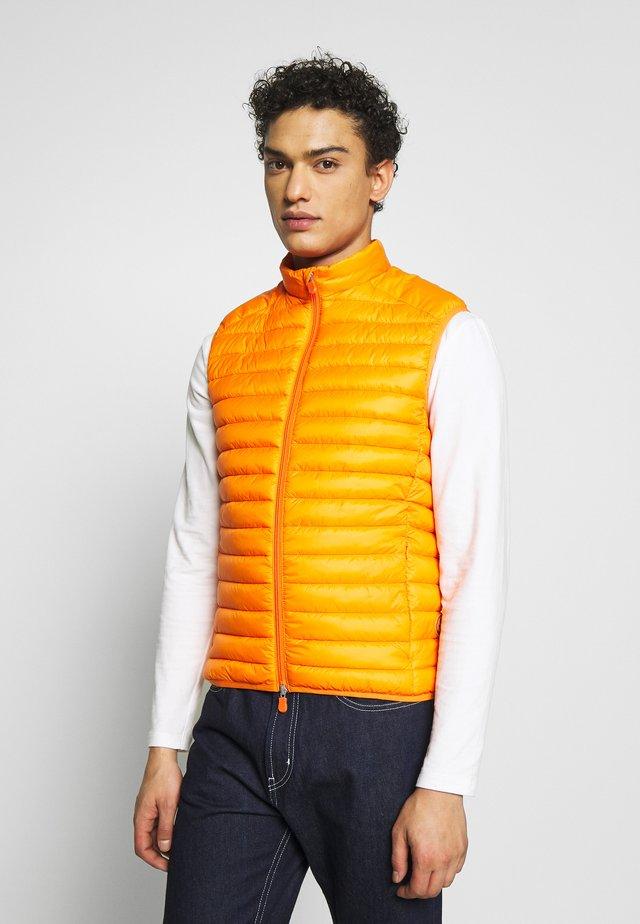 GIGAX - Weste - orange peel