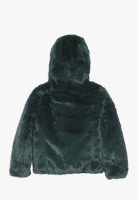 Save the duck - FURY WENDEJACKE - Winter jacket - alpine green - 1