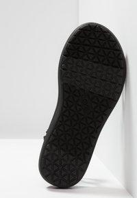 Teva - VOYA INFINITY - Walking sandals - black - 4