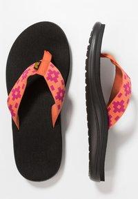 Teva - VOYA - Flip Flops - maya check flamingo - 1