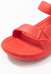 Teva - HURRICANE DRIFT - Outdoorsandalen - firey red - 5