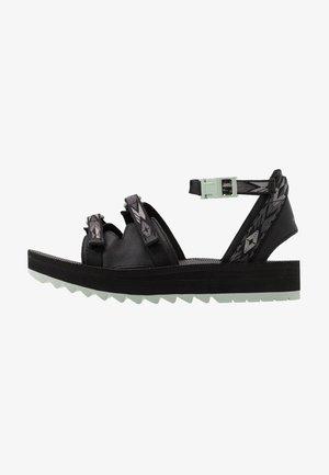 MIDFORM CERES WOMENS - Walking sandals - double diamond black