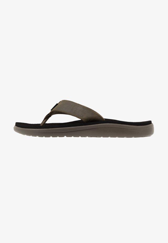 VOYA FLIP MENS - Sandály s odděleným palcem - dark olive