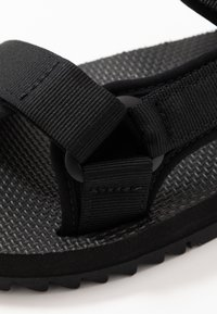 Teva - UNIVERSAL TRAIL - Walking sandals - black - 5