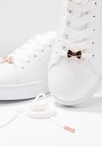 Ted Baker - GIELLI - Trainers - white - 8