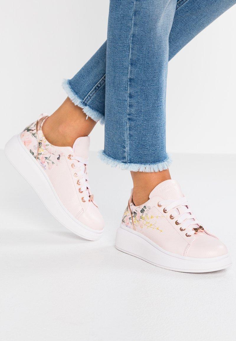 Ted Baker - Sneaker low - elegant pink