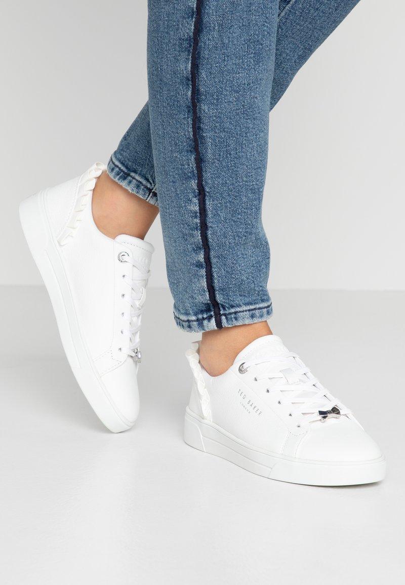 Ted Baker - ASTRINA - Sneaker low - white