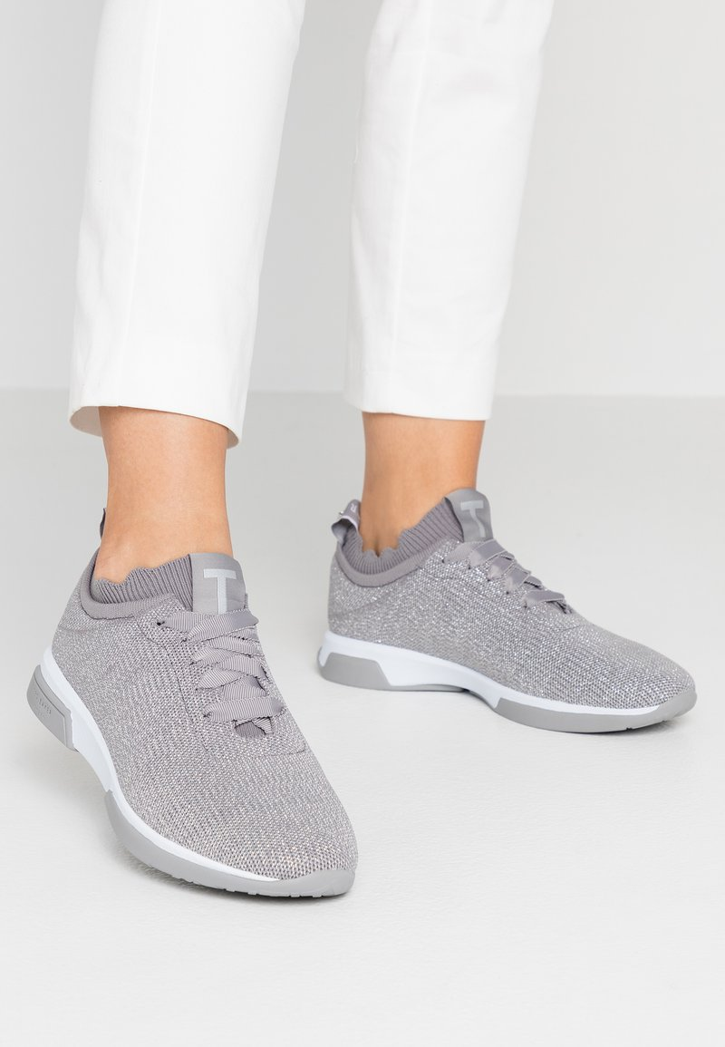 Ted Baker - LYARA - Trainers - pebble grey