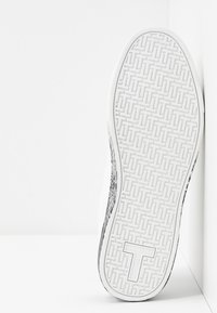 Ted Baker - RELINA - Sneakers laag - white - 6