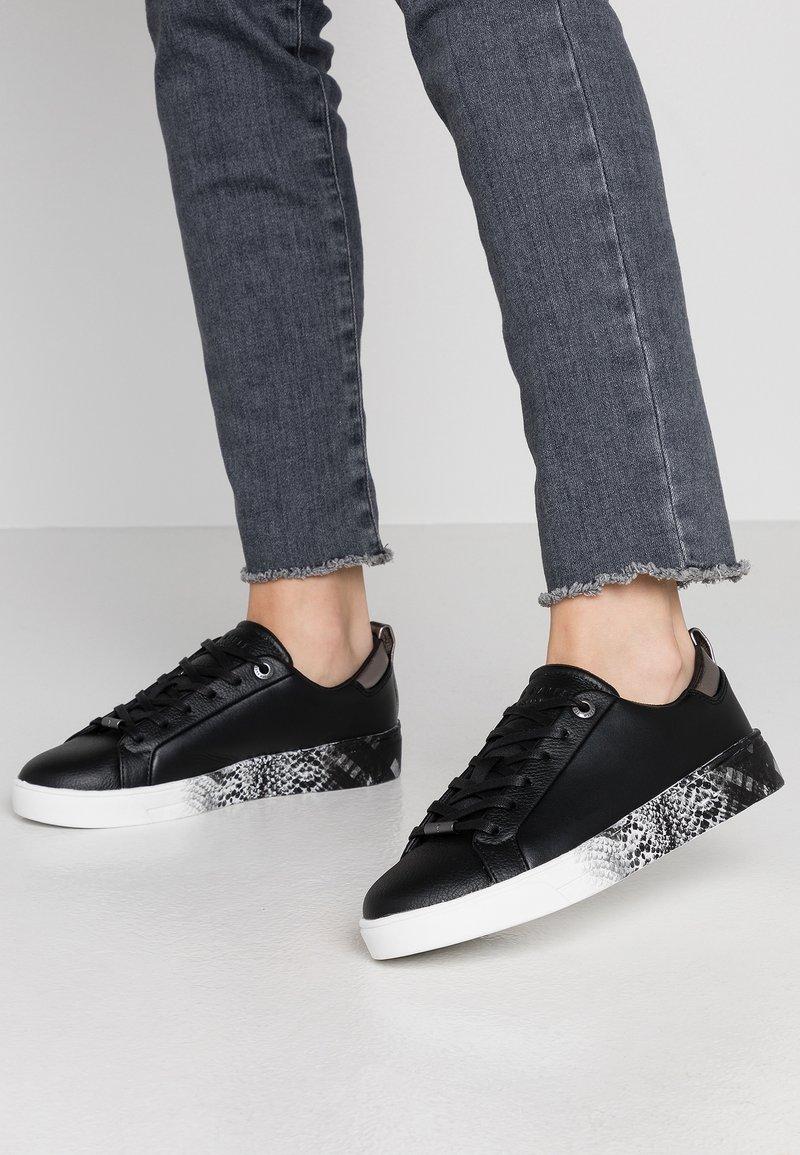 Ted Baker - RELINA - Sneaker low - black