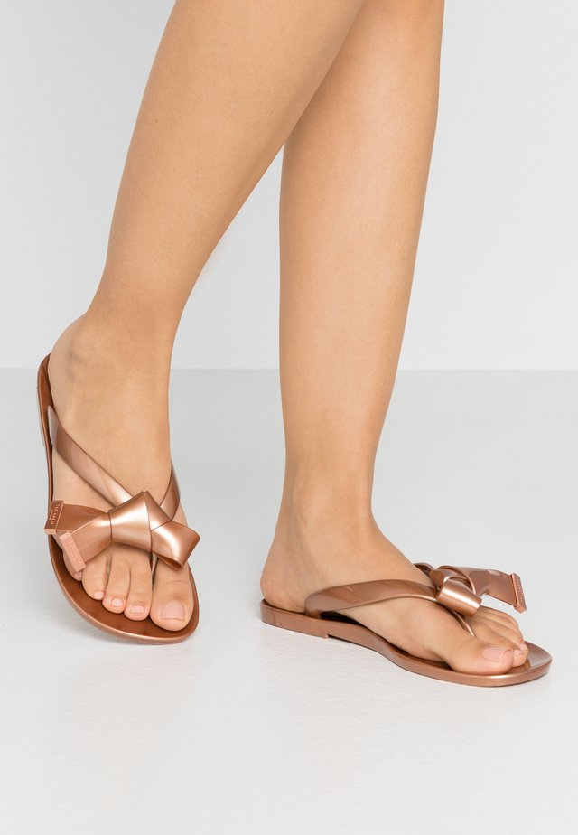 LUZZI - Pool shoes - rose gold