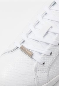 Ted Baker - TENNID - Sneakers laag - white - 2