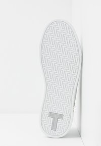 Ted Baker - PENIL - Trainers - white - 6