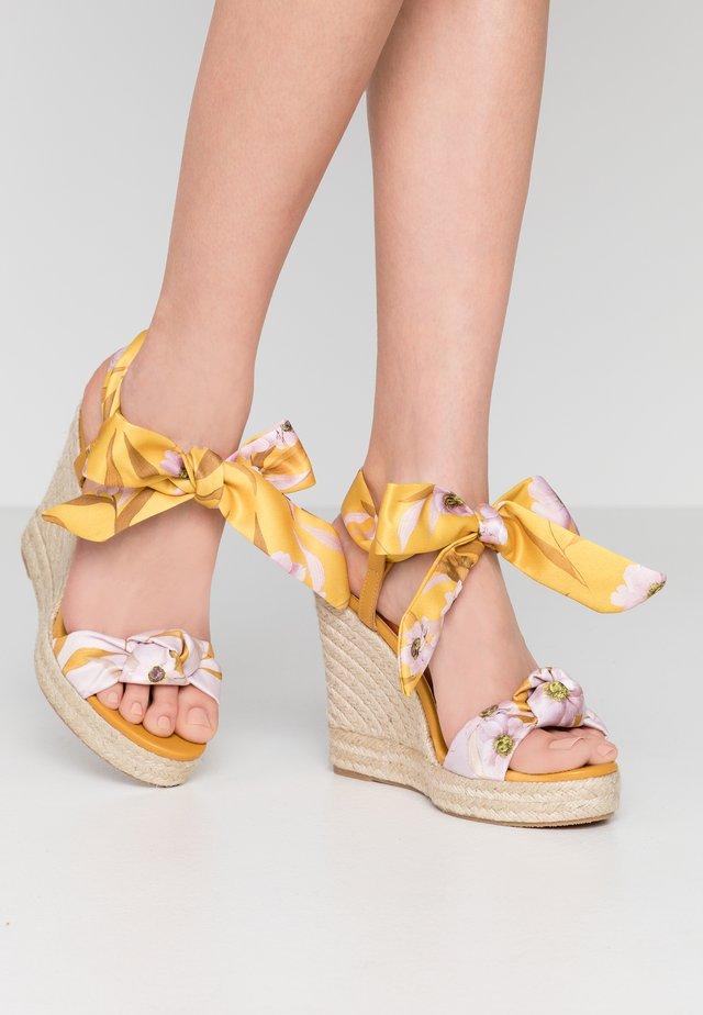 KELISSA - Højhælede sandaletter / Højhælede sandaler - yellow
