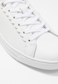 Ted Baker - TILLYS - Sneakers laag - white - 2