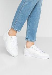 Ted Baker - TILLYS - Sneakers laag - white - 0