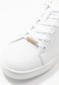 Ted Baker - ZENNCO - Sneakers laag - ivory - 2