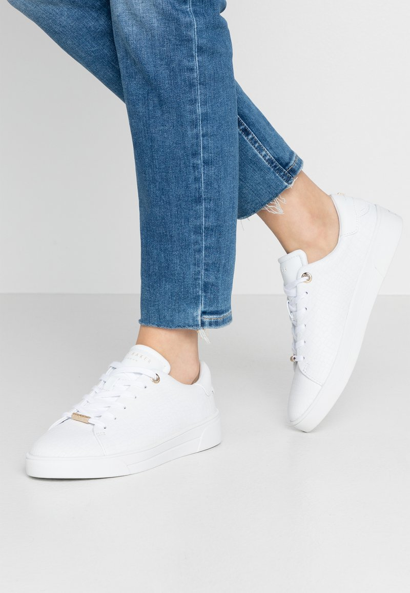 Ted Baker - ZENNCO - Sneakers laag - ivory