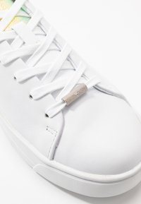 Ted Baker - ZENNO - Trainers - white - 2