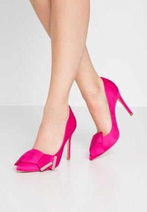 IINESI - High heels - pink
