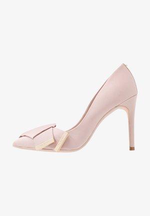 IINESI - Zapatos altos - nude/pink