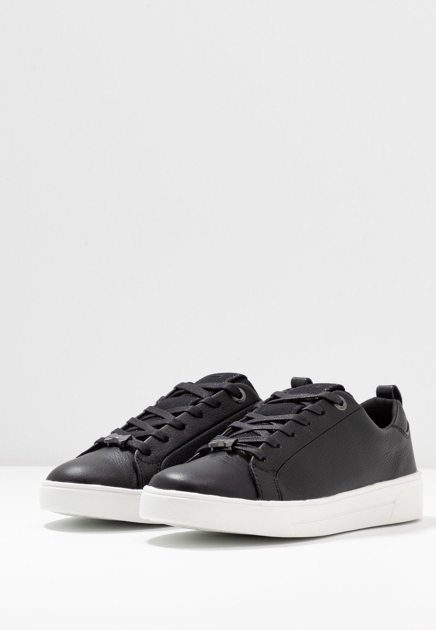 TEDAH Sneakers laag black