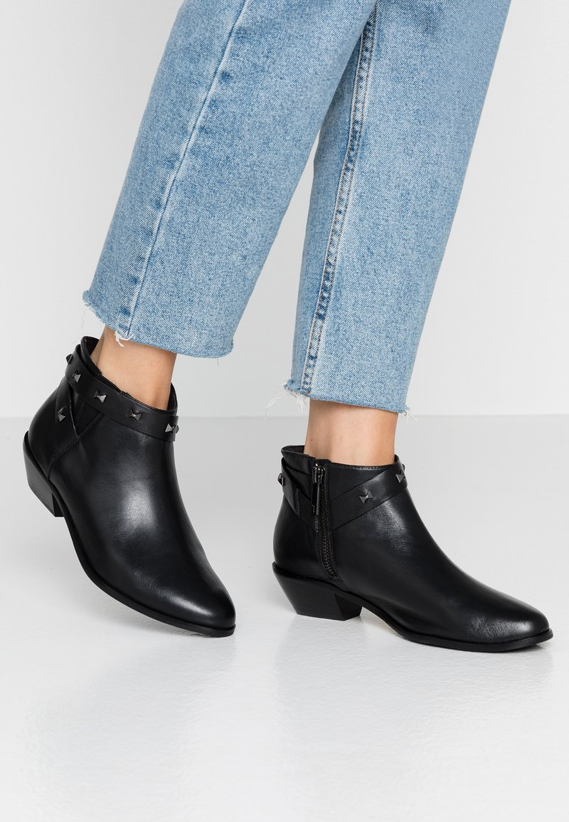 Ted Baker - HOMADA - Boots à talons - black