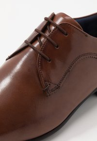 Ted Baker - TRIFP - Smart lace-ups - tan - 6