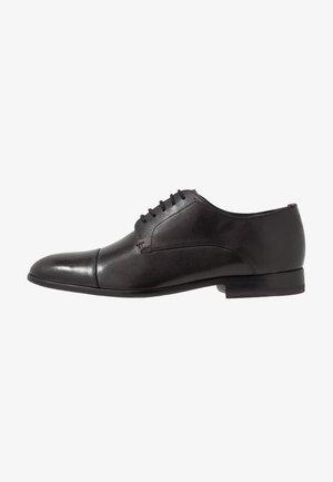 STRRIO - Elegantní šněrovací boty - black