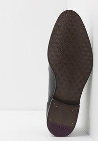 Ted Baker - CIRCASS - Elegantní šněrovací boty - black - 4
