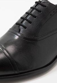 Ted Baker - CIRCASS - Elegantní šněrovací boty - black - 6