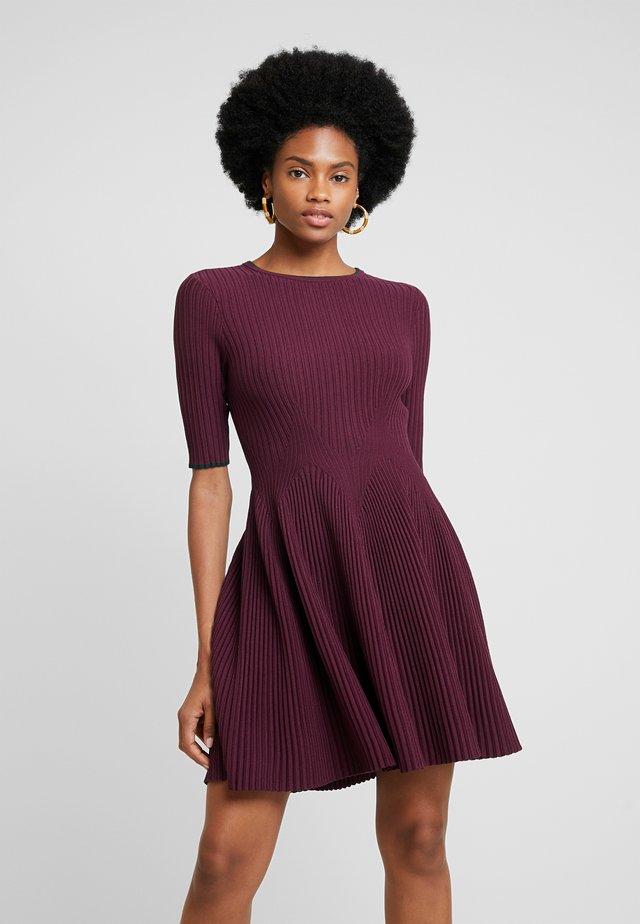 RENYINA - Gebreide jurk - purple