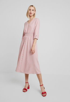 GYMNI - Shirt dress - pink