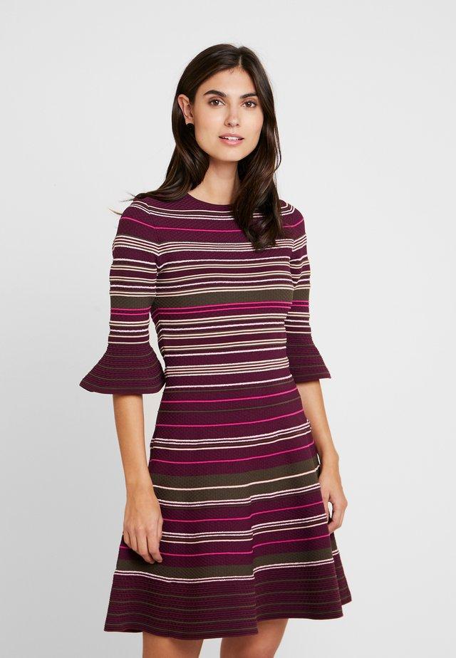 TAYINY - Korte jurk - dark purple