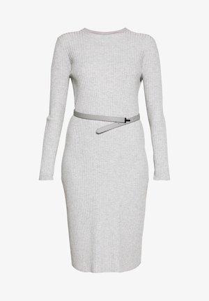 GJESSI - Pletené šaty - grey