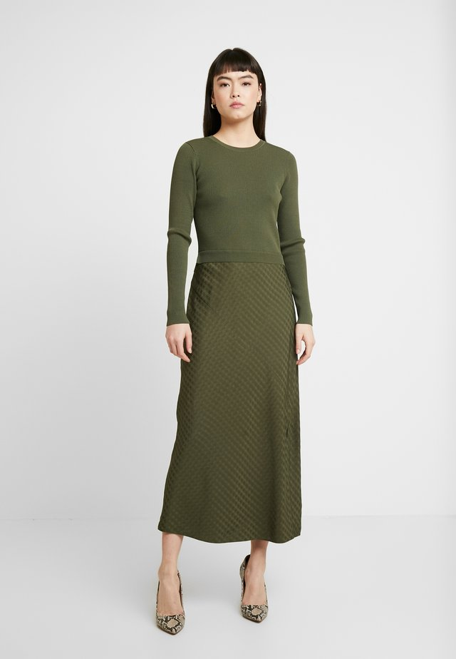 JOOWANI - Jumper dress - khaki