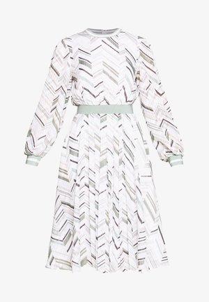 KATINO - Korte jurk - white