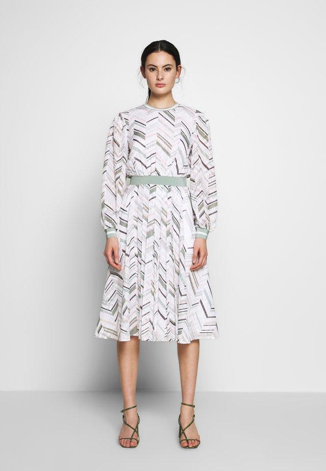 KATINO - Day dress - white